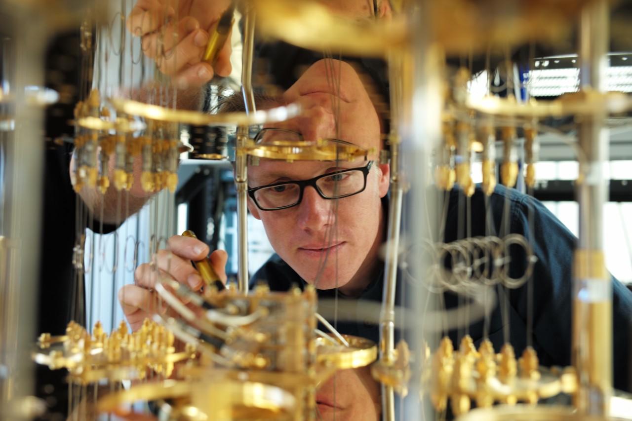 Stefan Filipp working on a quantum computer.