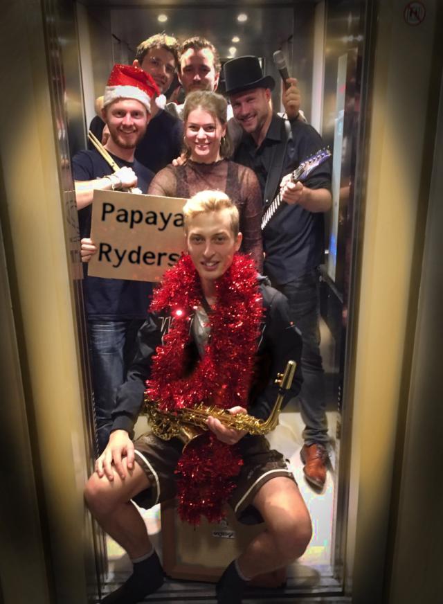 papaya-ryders