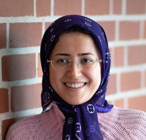Zahra_Kanian_profile