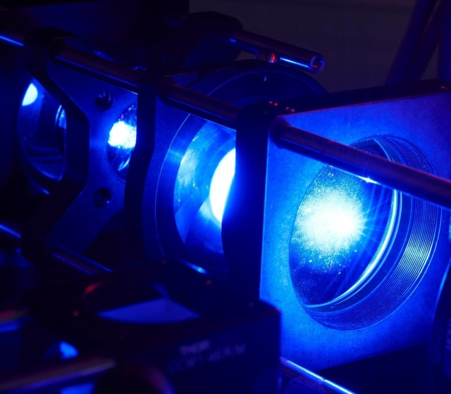 MCQST_blue_laser_2400px
